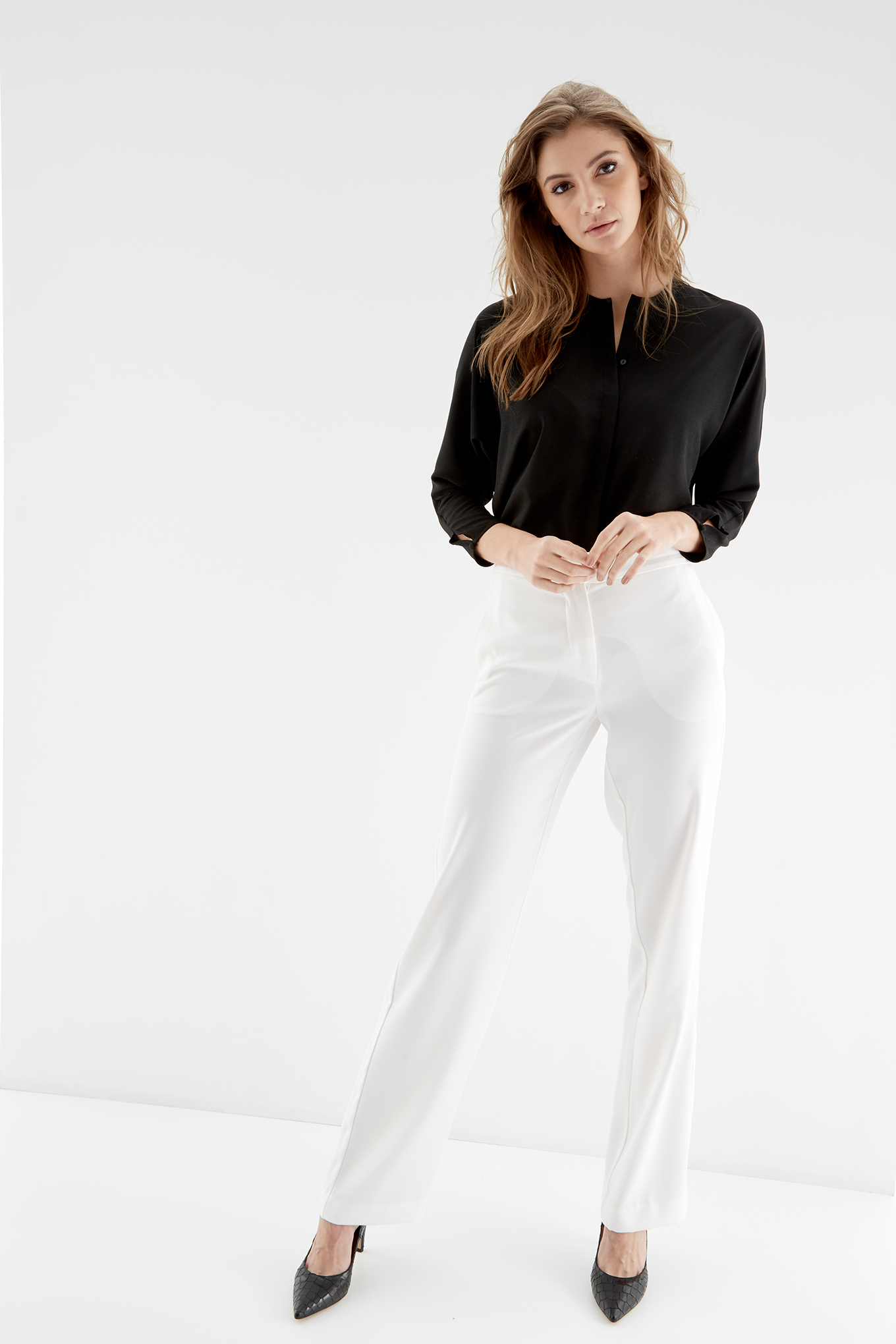 Trousers Ecru Fantasy Woman
