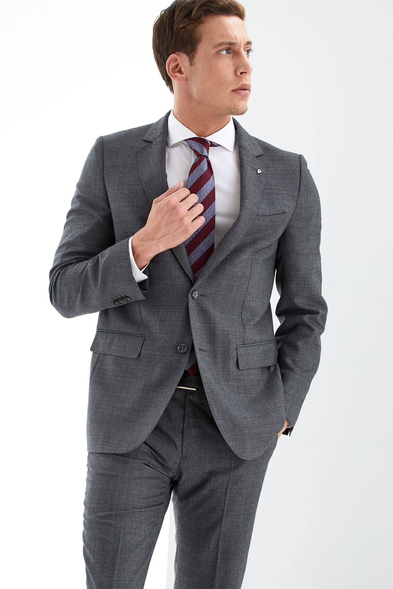 Suit Dark Grey Classic Man